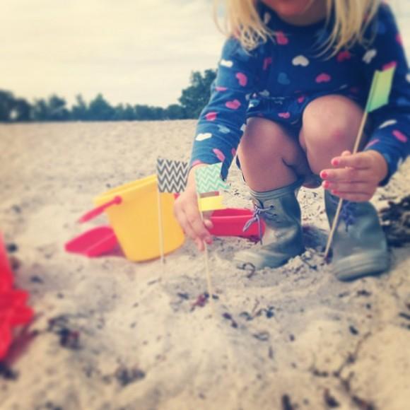 DIY Sand Castle Flags
