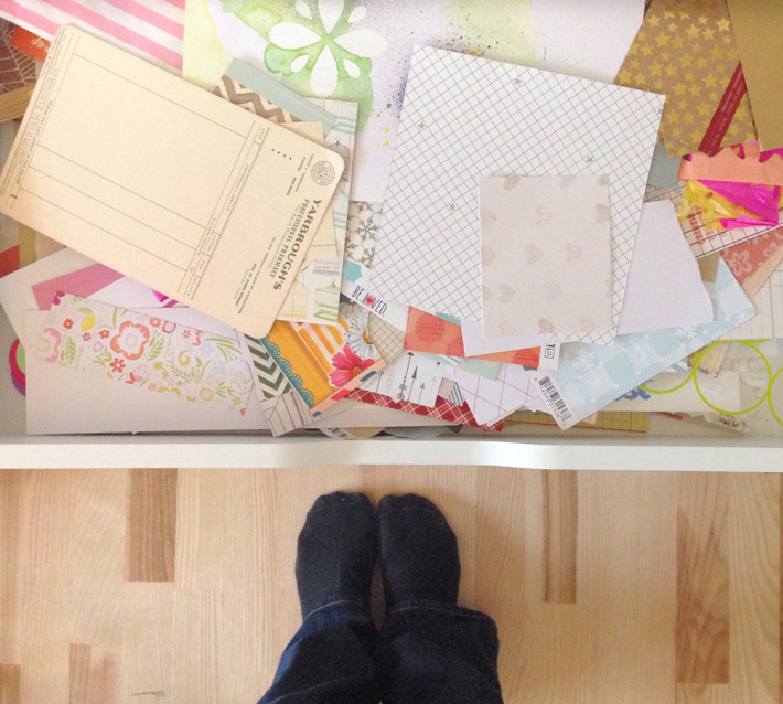 How to start a layout - the Pretty Pile Method | Nina is a Paper Nerd