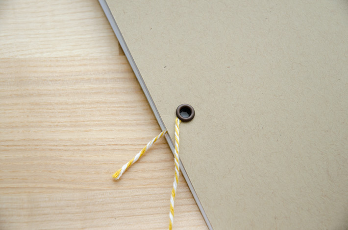 paper-nerd_diy-string-closure-travelers-notebook_04