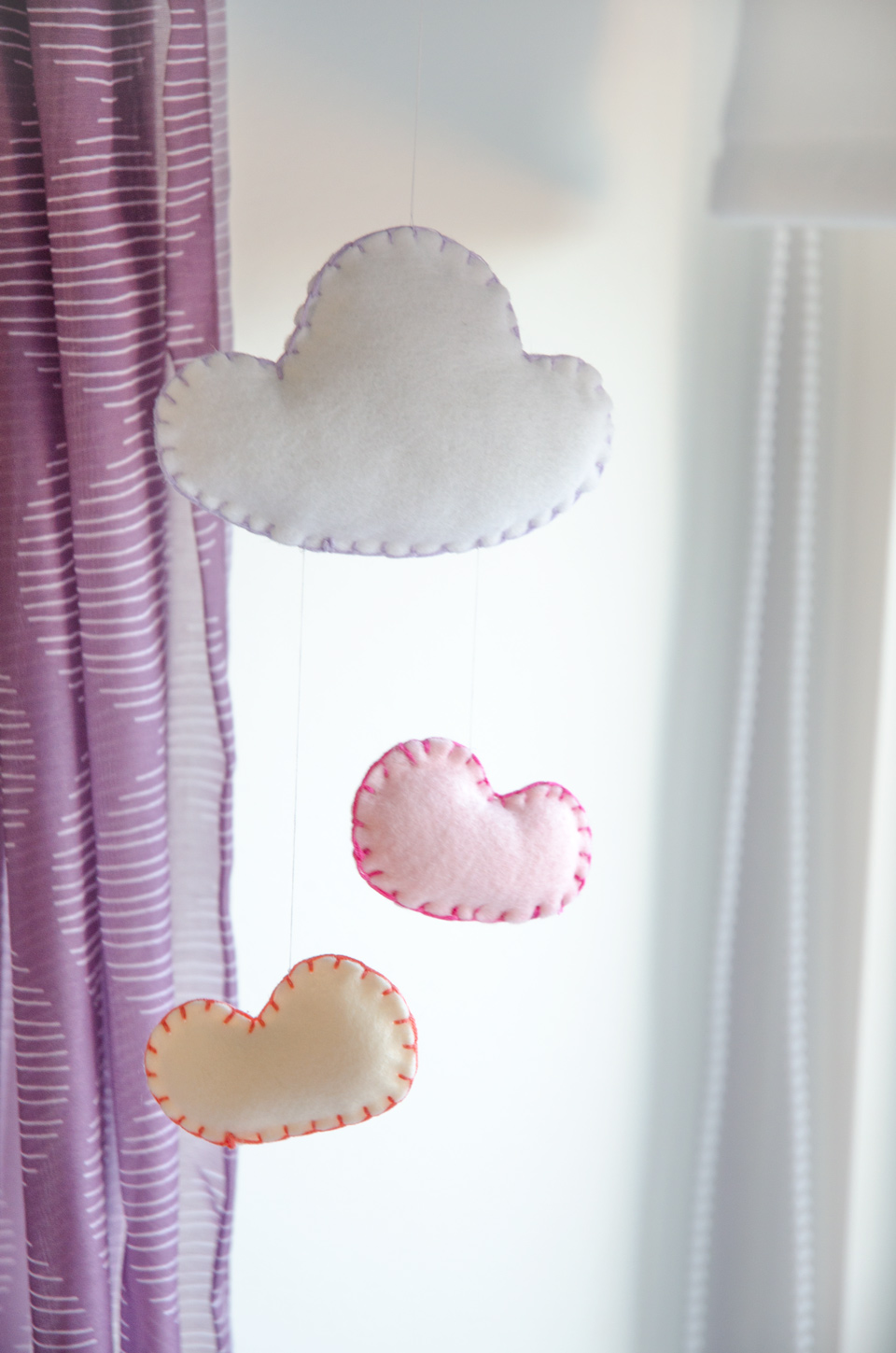 Easy Felt Cloud Mobile DIY | Tutorial