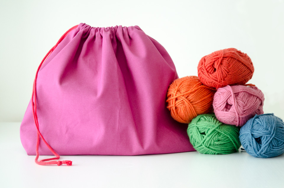 DIY Knitting Project Bag | imapapernerd.com